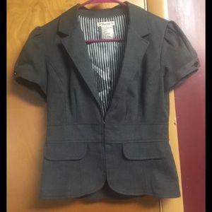Gray short sleeved blazer/jacket